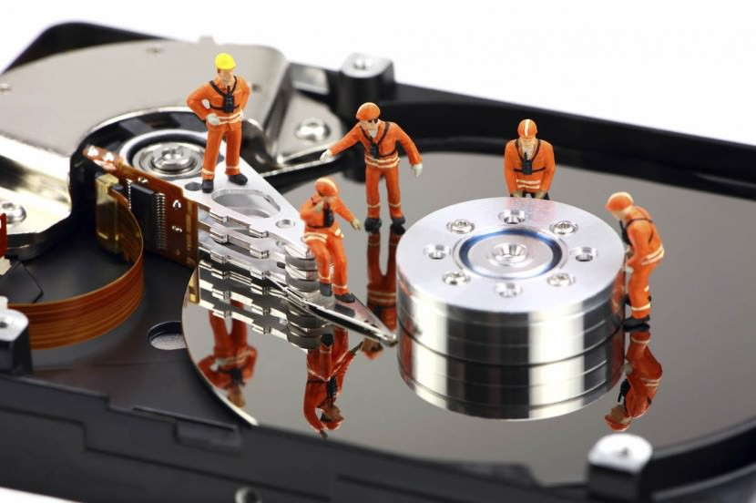 Top 15 Free Data Recovery Software for Windows and Mac