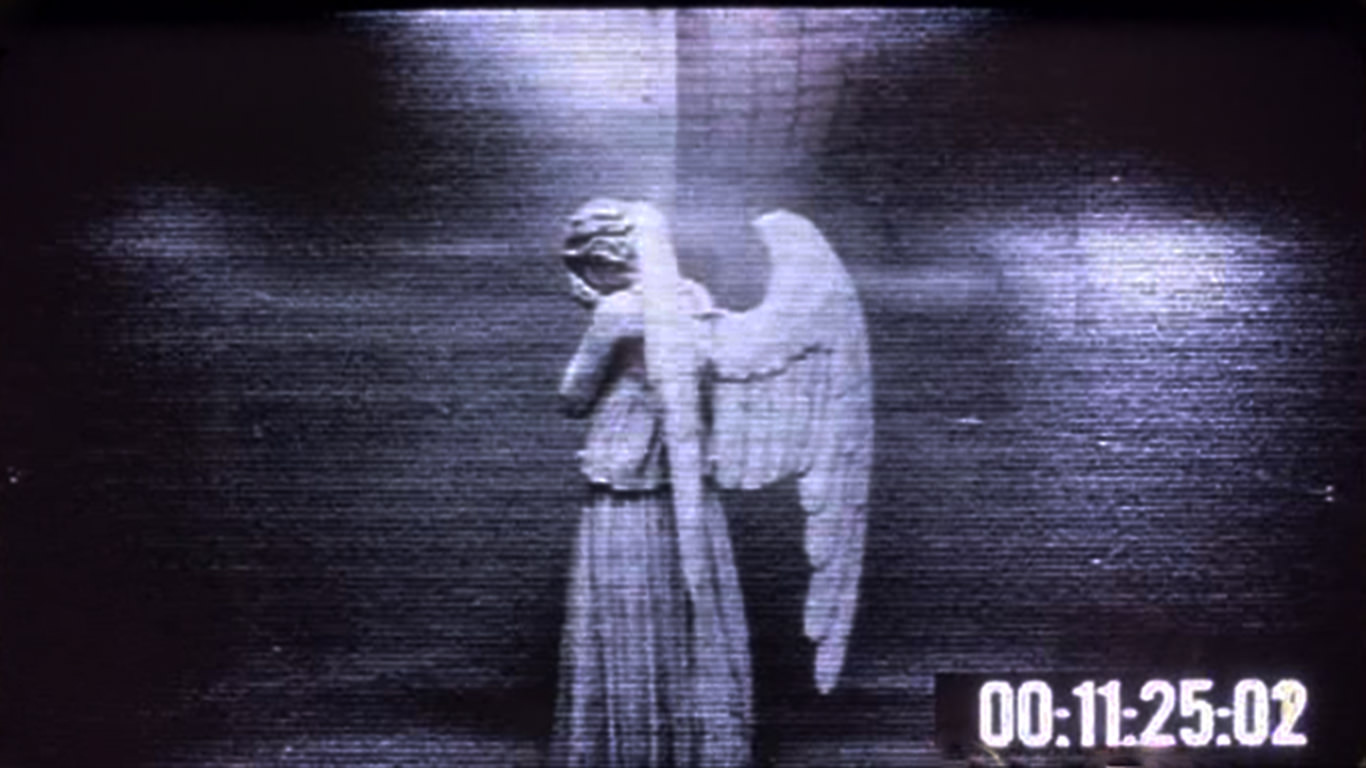 Prank - Weeping Angel Desktop Wallpaper