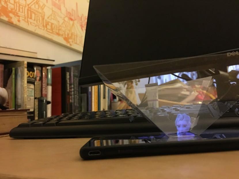 Download DIY 3D Hologram Template for Smartphone